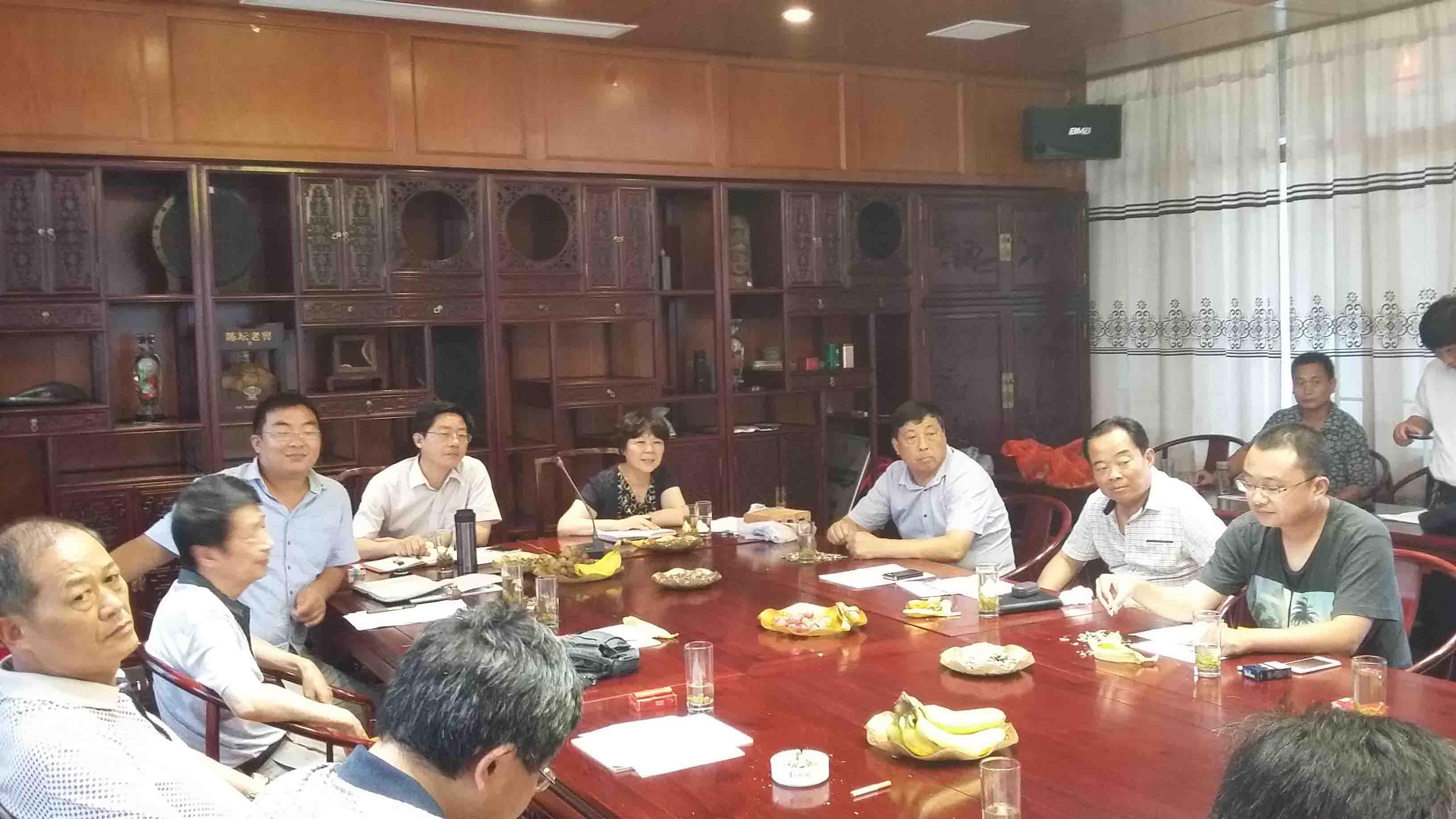 南通市新墙材企业负责人参观海安县壮志砖瓦厂